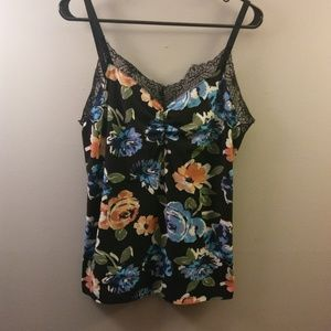 ➕[Rue 21] Lace Floral Camisole (Size 2X)